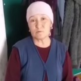 «Поставили к стенке»: пожилой казахстанке пришлось извиниться перед акимом за видео выпавшего снега