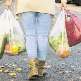 Пакеты с продуктами украла жительница Кокшетау у пенсионерки