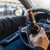 Пьяный водитель на полном ходу сбил полицейского в Алматы