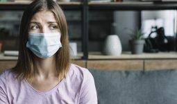 Зачем носить маски в домашних условиях, рассказали эксперты