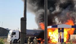 Пожар на газозаправке в Атырау: один из пострадавших скончался