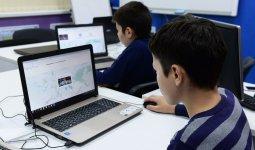 Казахстанцев призвали отслеживать прозрачность закупа компьютеров для школьников