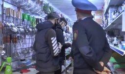 Школьники работали на рынках в Алматы