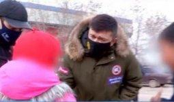 Женщина заставляла своих детей просить милостыню и избивала их в Туркестанской области