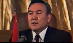 Фильм «Жаркий 91-й»: как Нурсултан Назарбаев создал СНГ» можно посмотреть в YouTube