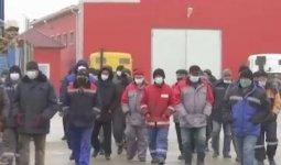 Не на что купить еду: рабочие не получают зарплату из-за долгов нефтегазовой компании в Актау