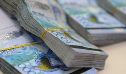 Пенсии повысят в Казахстане