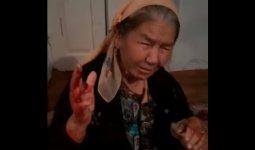 Зятья и дочери избили пожилую мать и сломали ей руку в Шымкенте