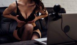 «Мое тело принадлежит мне»: казахстанская вебкам-модель ответила на осуждения в свой адрес