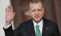 Нурсултан Назарбаев поздравил Реджепа Эрдогана с днем рождения