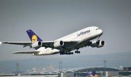 Крупнейшая немецкая авиакомпания возобновляет полеты в Казахстан