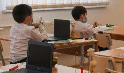 Как казахстанские школьники будут учиться в марте