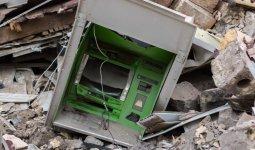 В Алматы мужчины взорвали банкомат и украли из него миллионы тенге