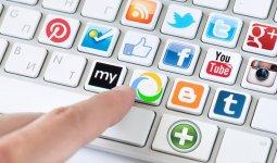 Об опасности участия в опросах в соцсетях рассказал эксперт