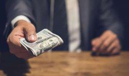 Алматинский госслужащий вымогал взятки у предпринимателей