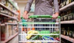 О повышающих риск рака продуктах предупредил врач