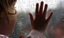 Мать бросила детей без еды и уехала отдыхать в Павлодарской области