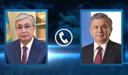 Касым-Жомарт Токаев тепло поздравил Шавката Мирзиеева с переизбранием