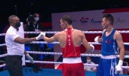 Для Казахстана ЧМ по боксу начался с победы, но ее омрачил неприятный инцидент
