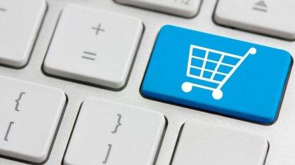 Казахстанцы экономят: на 12,9% сократились их расходы в Интернете в апреле