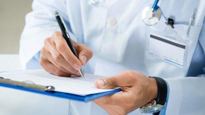 Пациент обокрал медика в больнице в Караганде