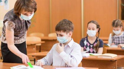 Межведомственная комиссия приняла ряд решений по школьному обучению, работе театров и мечетей