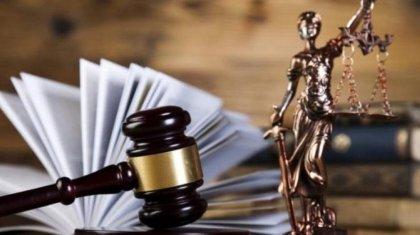 Увольнение четырех судей за распитие алкоголя прокомментировали в Верховном суде