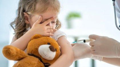 Минздрав Казахстана может разрешить вакцинацию от коронавируса детей до 18 лет