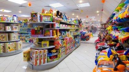 Ядовитые детские игрушки нашли на прилавках Восточного Казахстана