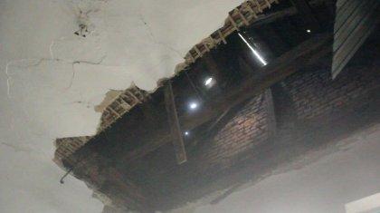 Потолок общежития рухнул в Усть-Каменогорске, в здании находились дети