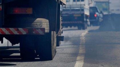 Увеличить штрафы для неэкологичных автомобилей просит аким Алматы