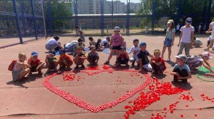 Дети собирали пластиковые крышки, чтобы помочь 4-летней павлодарке