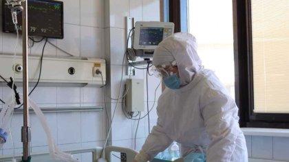 Столичные больницы продолжают перепрофилировать в ковидные госпитали
