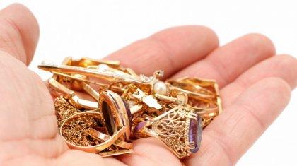 Присвоила килограмм золота: оценщика ломбарда осудили в Шымкенте