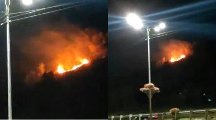 Крупный пожар в Алматы: была угроза распространения огня на АЗС