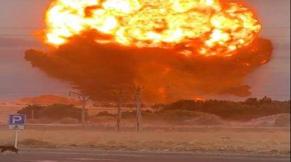 Взрывы прекратились, но пожар продолжается – Минобороны о ситуации в Жамбылской области