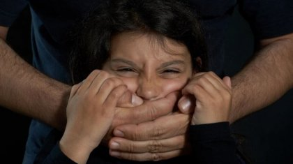 Над 8-летней девочкой надругались в центре Актобе