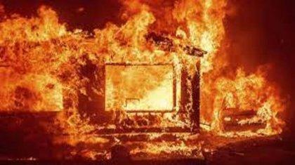 Пожар произошел в общежитии на месторождении в Мангистауской области, есть погибшие
