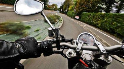 Запретить ездить на мотоциклах после 22часов предлагают в Алматы