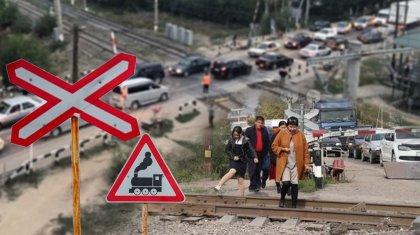 Километровые пробки, строительство моста с перебоями: что происходит на станции Шамалган