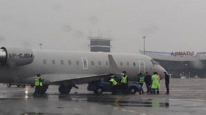 «Кайрату» дважды не повезло: стало известно, кто находился в самолете, который попал в ДТП