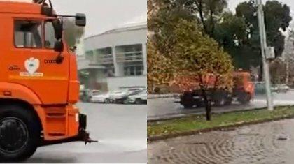 «Деньги улетают с напором воды»: «поливалки» на дорогах в дождь возмутили алматинцев