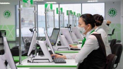 Казахстанцы потратили впустую часы жизни из-за неработающих систем в ЦОНах – депутаты