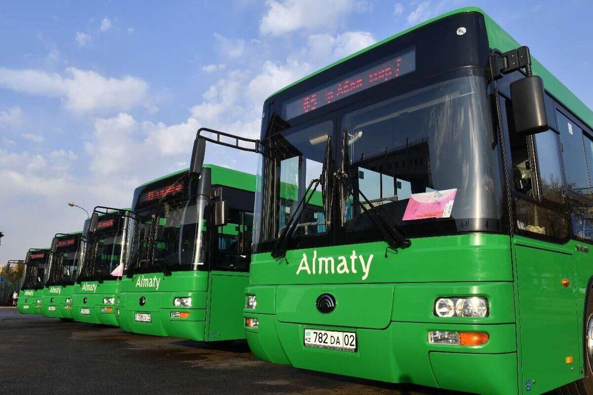 Как будет работать общественный транспорт в Нур-Султане и Алматы в выходные
