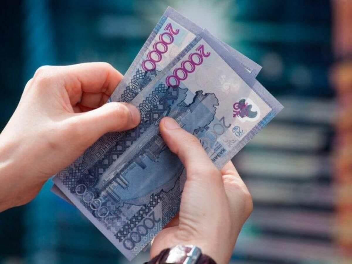 Майор полиции похитил деньги покойной в Алматы