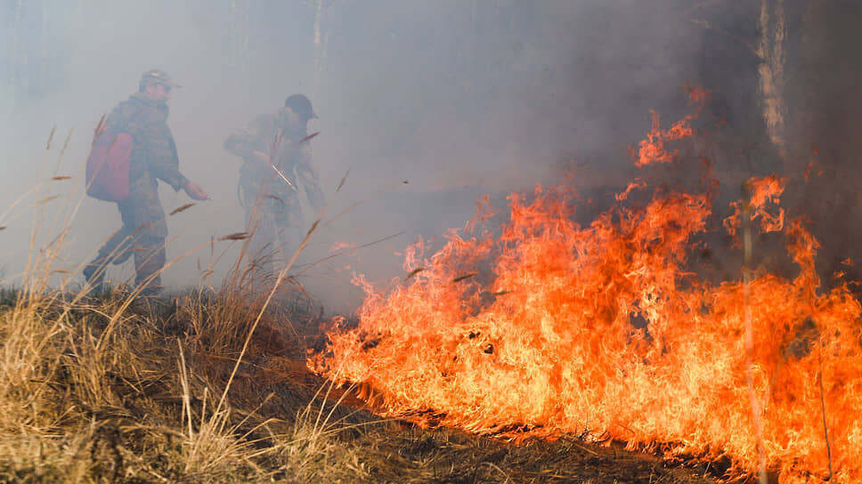 Колония «Черный беркут» с особо опасными преступниками окружена природными пожарами
