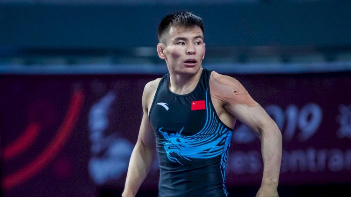Этнический казах выиграл для Китая медаль в Токио