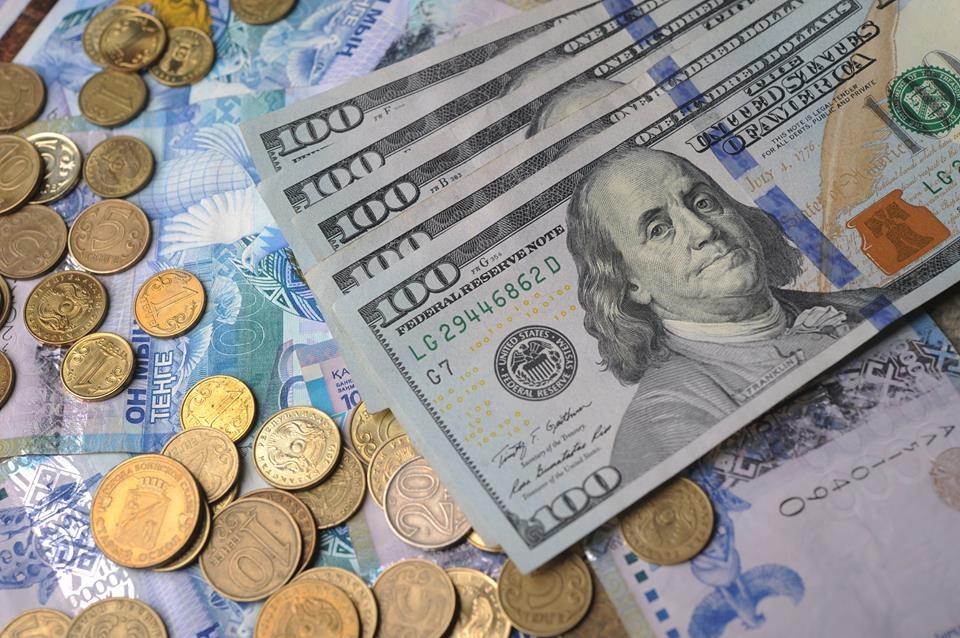 Тенге – доллар: стоит ли закупаться валютой в декабре? 2