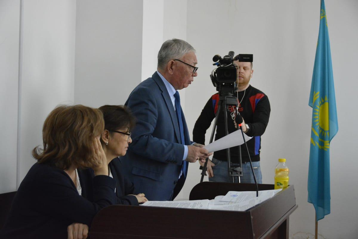 В Павлодаре экс-главу облздрава приговорили к трем годам тюрьмы 3